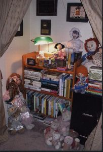 7-09-Books, Dolls & Bears - Office Nook