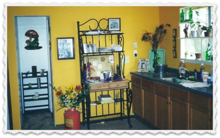 kitchen at Rainbow Cottage