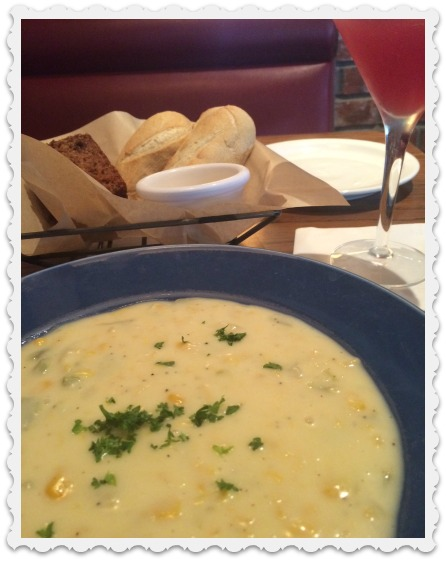 corn chowder, bread, martini