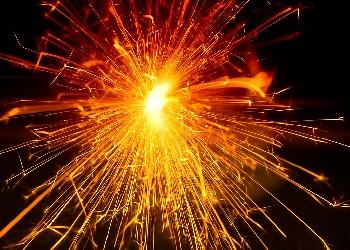 sparks Wallpaper__yvt2