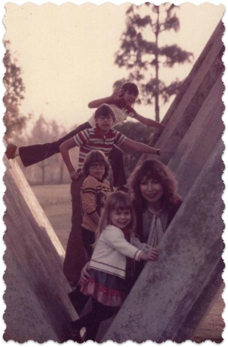 1979-family-framed